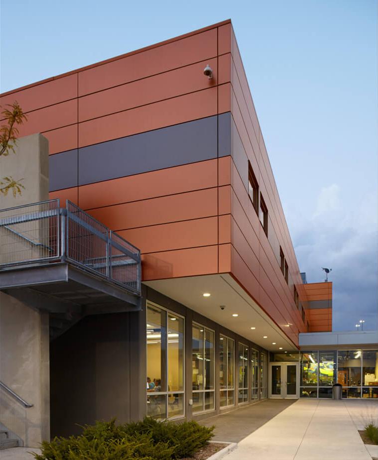 cmba-architects-portfolio-central-iowa-services-shelter-entrance