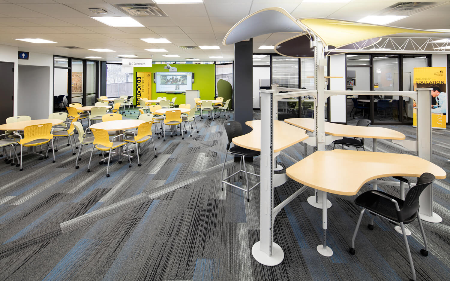 cmba-architects-portfolio-educational-technology-center-seating
