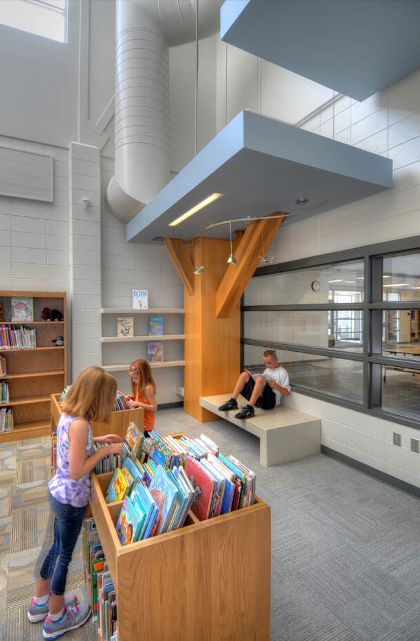 cmba-architects-portfolio-hinton-elementary-school-library-3