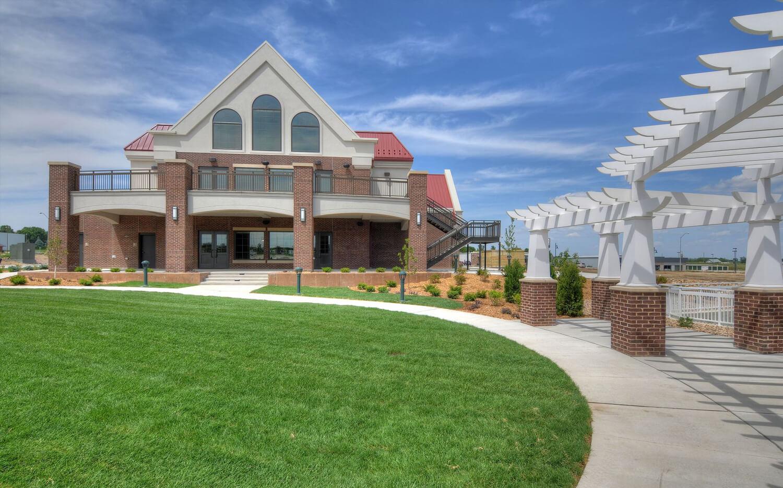 cmba-architects-portfolio-prairie-winds-events-center-exterior
