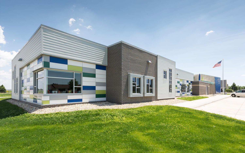 cmba-architects-portfolio-preschool-learning-center-exterior-4