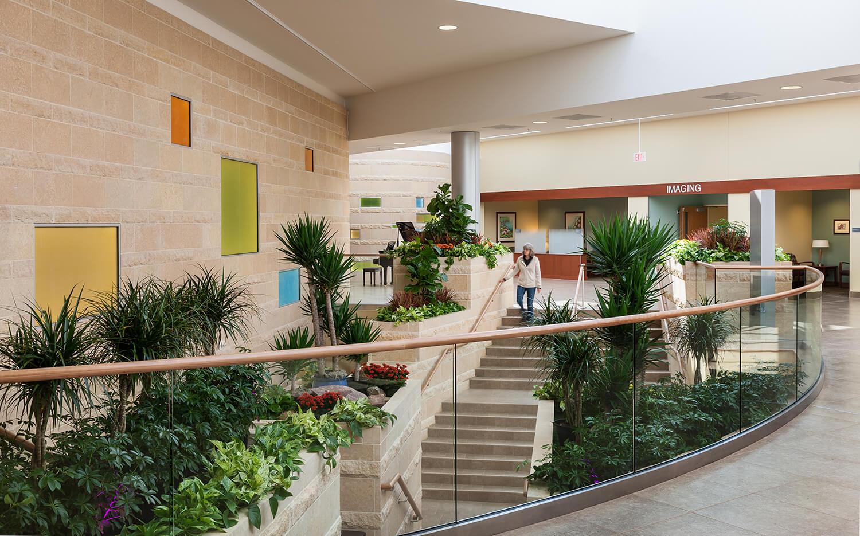 cmba-architects-portfolio-sioux-center-health-lobby-2