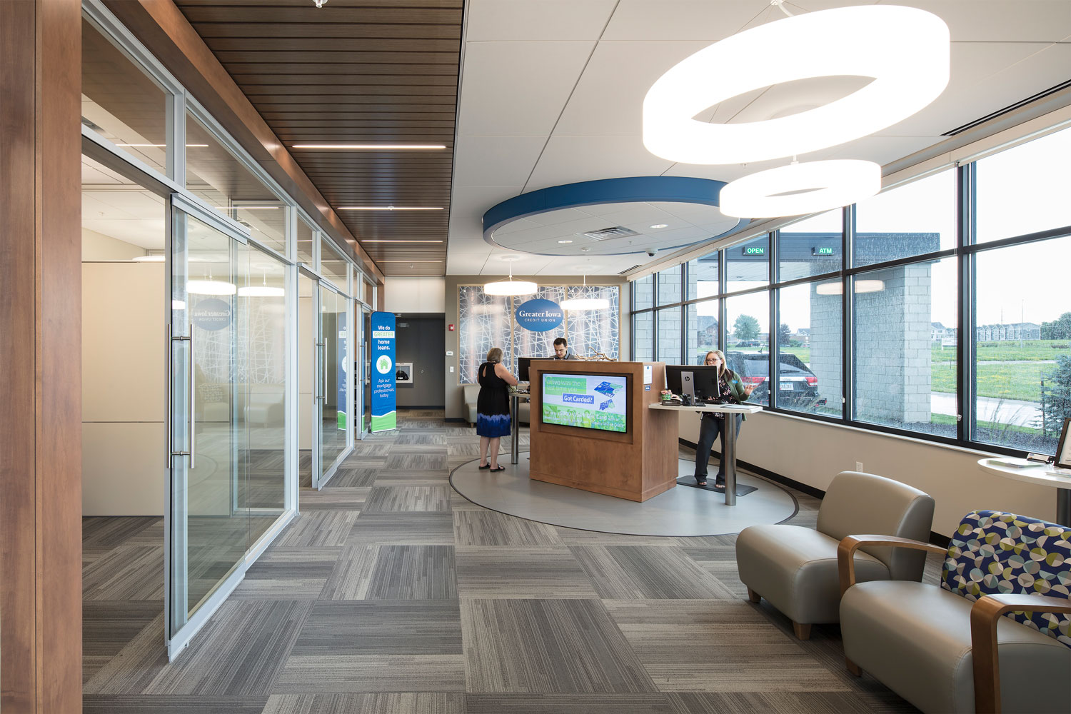 cmba-architects-client-greater-iowa-credit-union-East-Interior