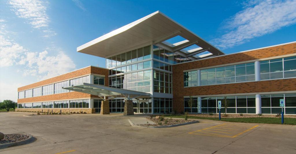 Exterior of Sunnybrook Medical Plaza
