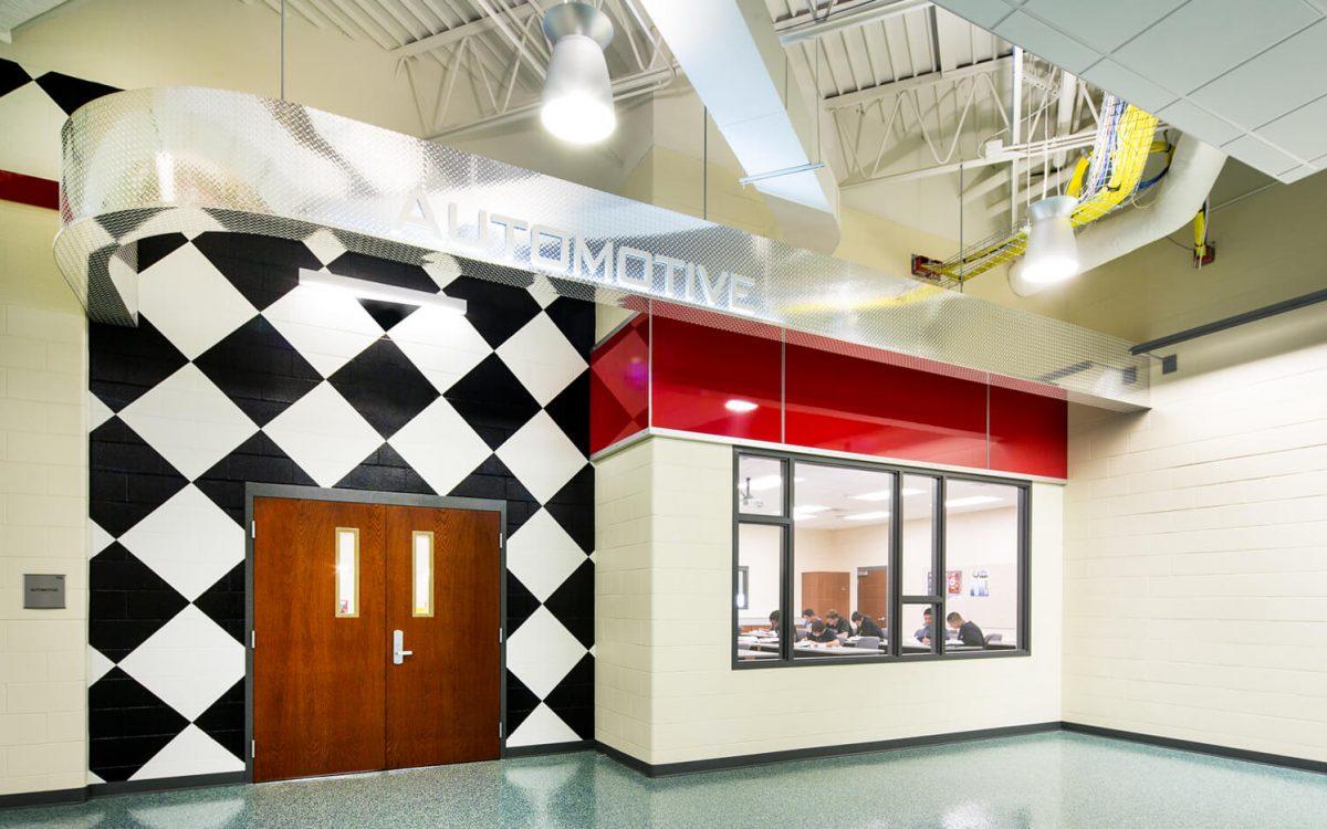 cmba-architects-portfolio-career-pathways-institute-corridor