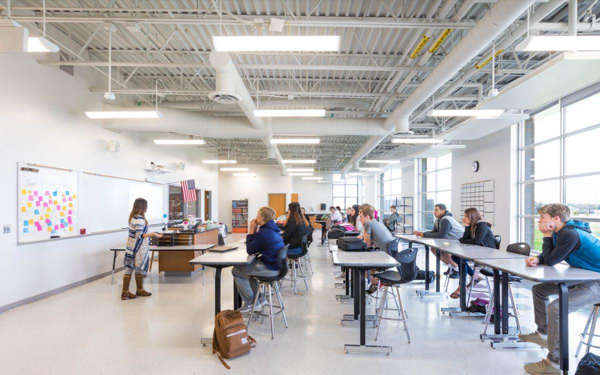 cmba-architects-portfolio-dakota-valley-high-school-art