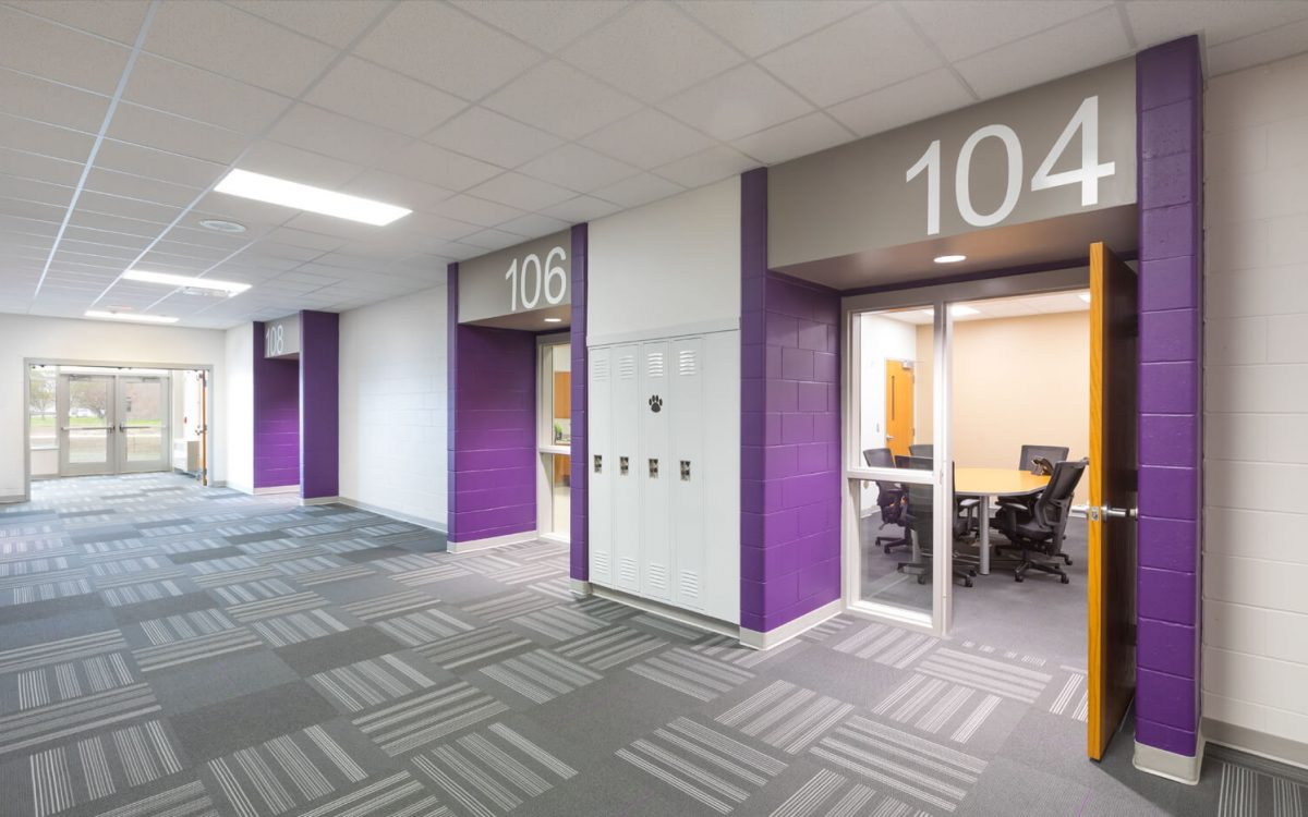 cmba-architects-portfolio-dakota-valley-high-school-corridor