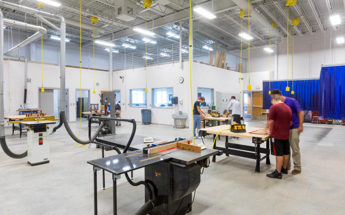 cmba-architects-portfolio-dakota-valley-high-school-industrial-arts