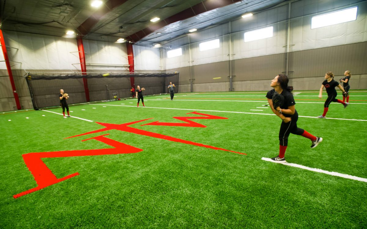 cmba-architects-portfolio-juffer-athletic-fieldhouse-field