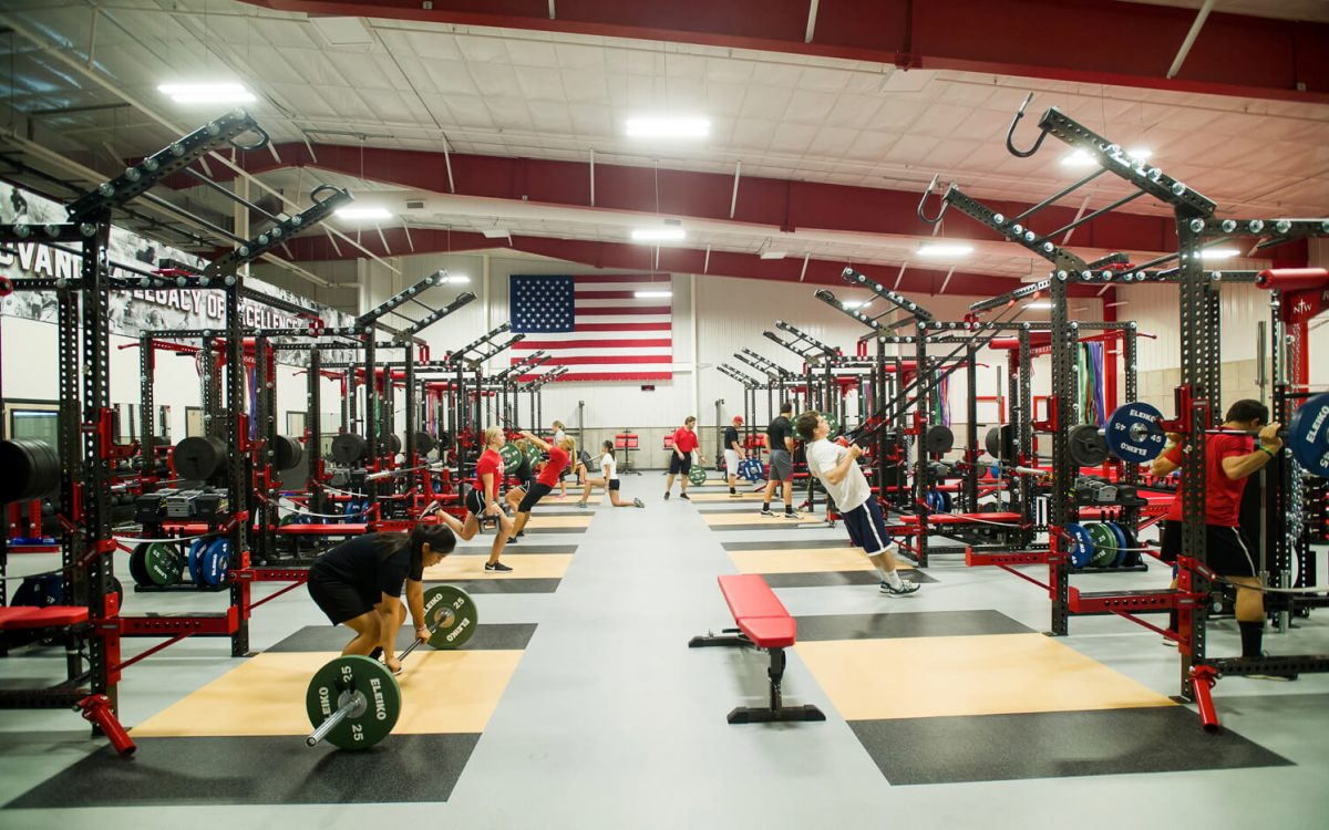 cmba-architects-portfolio-juffer-athletic-fieldhouse-weight-room