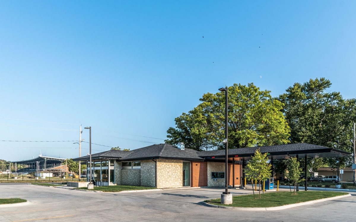 cmba-project-greater-iowa-credit-union-exterior-drive-thru