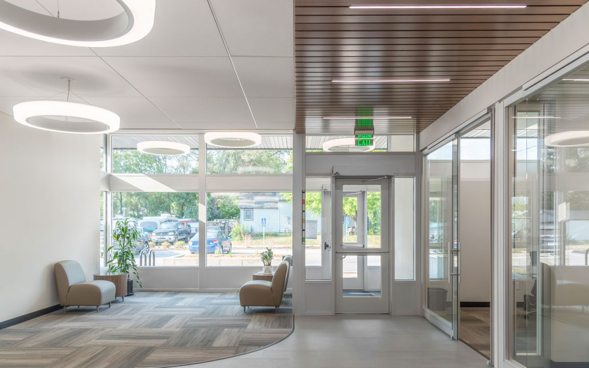 cmba-project-greater-iowa-credit-union-interior-2